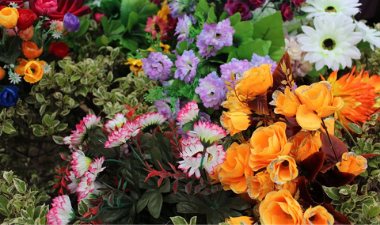bouquets of artificial flowers
